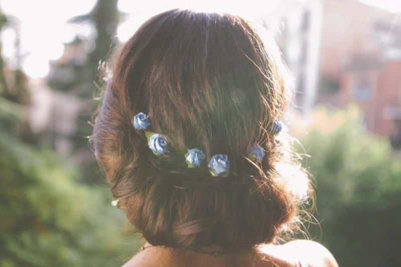 Picture Of the hottest 2015 wedding trend 15 lovely mini floral hair pins  6