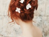 the-hottest-2015-wedding-trend-15-lovely-mini-floral-hair-pins-7