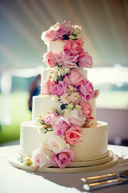 The Hottest 2015 Wedding Trend: 25 Lovely Flowerfetti Wedding Cakes
