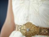 the-hottest-2015-wedding-trend-golden-bridal-accessories-28