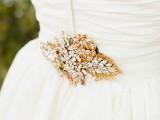 the-hottest-2015-wedding-trend-golden-bridal-accessories-29