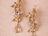 the-hottest-2015-wedding-trend-golden-bridal-accessories-3