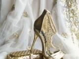 the-hottest-2015-wedding-trend-golden-bridal-accessories-7
