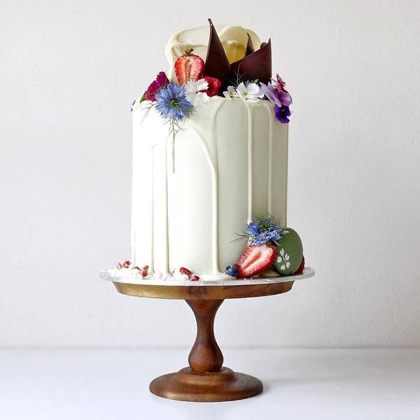 Picture Of the hottest wedding trend 17 sweet and fun color drip wedding cakes  15