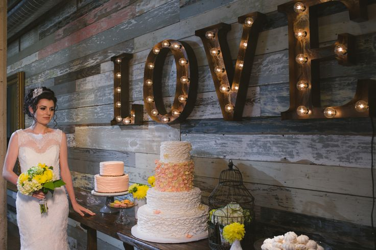 picture of the latest wedding trend vintage marquee letters