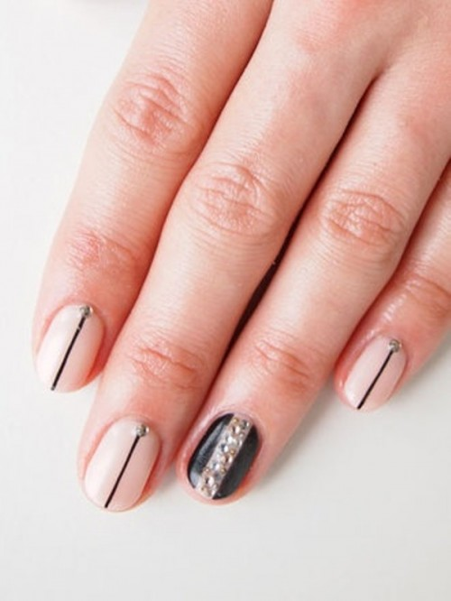19 Examples Of The Newest Wedding Trend The Ring Finger Nails Decor
