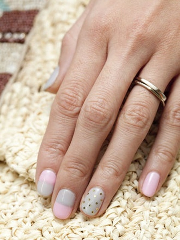 Examples Of The Newest Wedding Trend The Ring Finger Nails