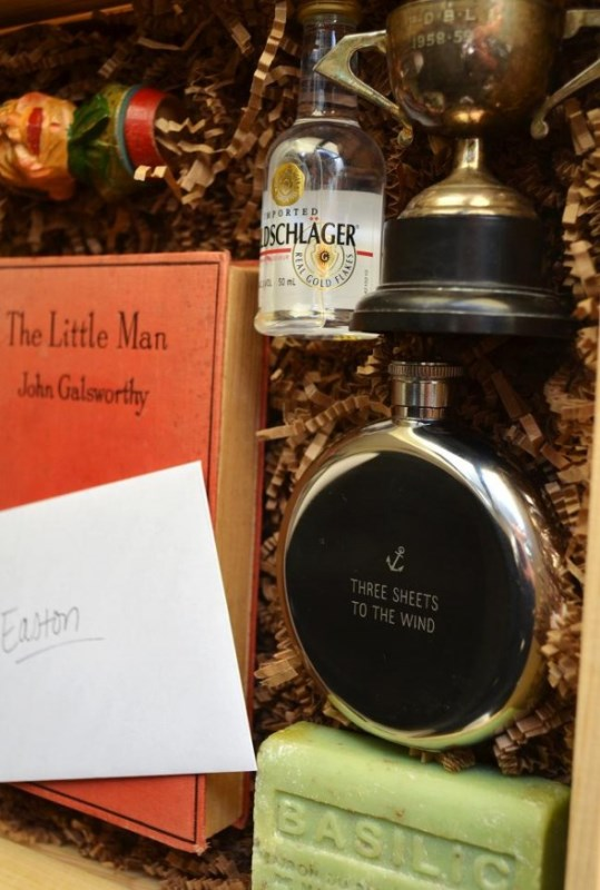 Picture Of thoughtful and cool diy will you be my groomsman box  3