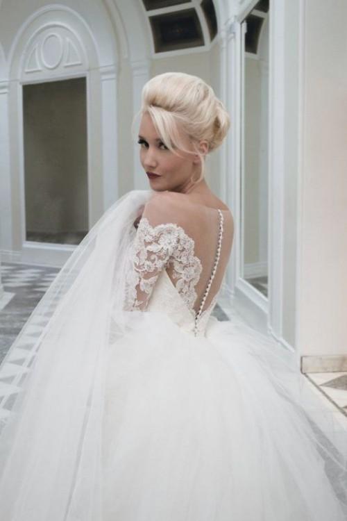Timelessly Elegant House Of Mooshki Vintage-Inspired Wedding Gowns ...