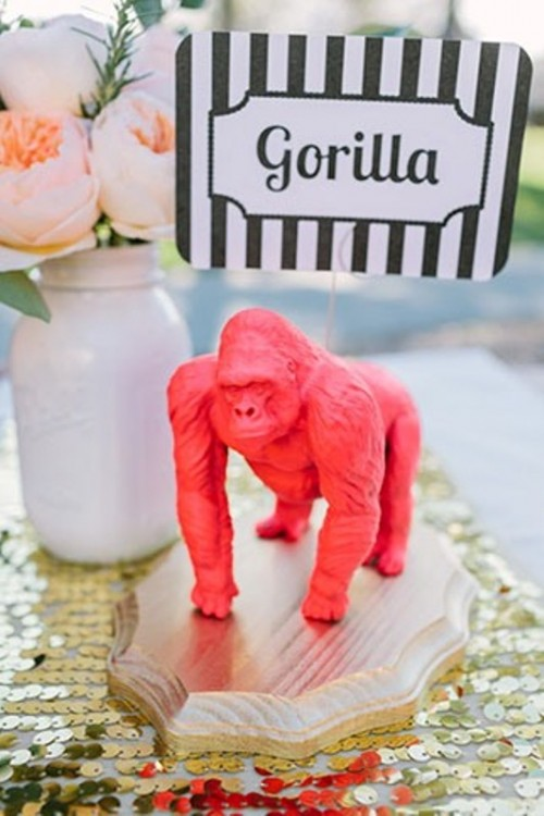 Unique And Whimsy DIY Animal Table Identifiers