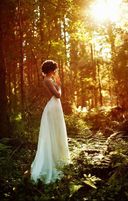 26 Unique Woodland Wedding Gowns To Rock