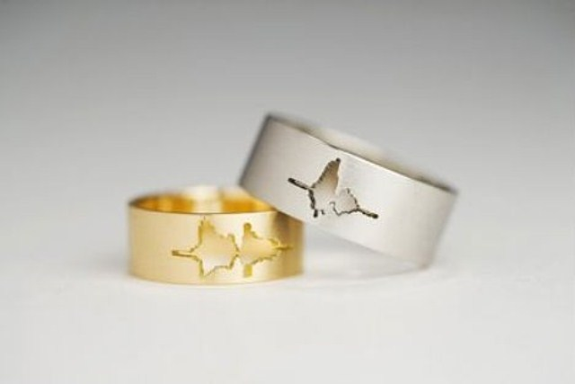 Funky Wedding Bands 23 Lovely Unusual And Exciting Wedding