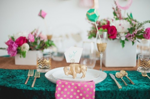 Unusual Emerald And Pink Wedding Inspiration - Weddingomania