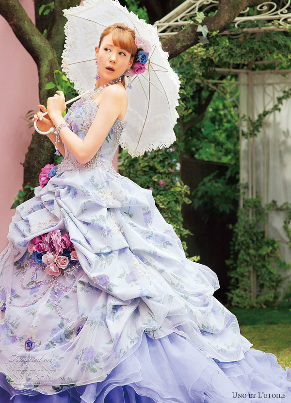 Picture of unusual wedding dresses by uno et l etoile for Unusual dresses to wear to a wedding