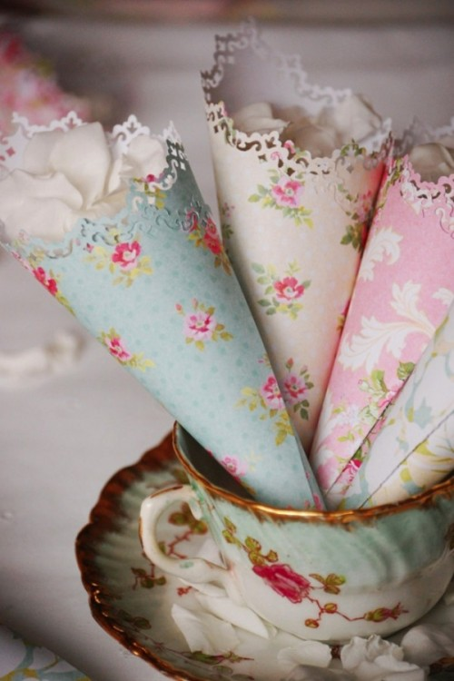 Very Quick DIY Paper Cones For Rose Petals Or Favors