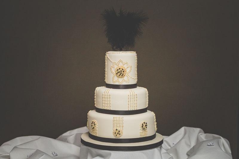 Very Stylish And Glamorous 1920s Wedding Theme