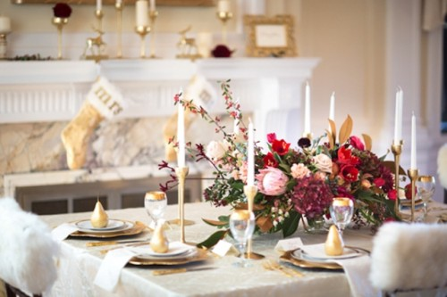 Vintage Holiday Wedding Inspiration