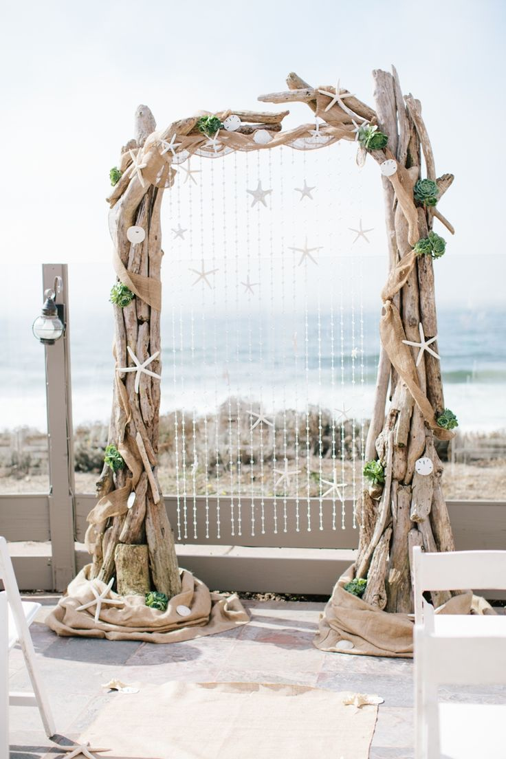 Great Ways To Use Driftwood For Your Wedding Décor