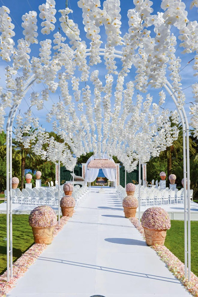 Picture of wedding aisle decor ideas that will blow your mind junglespirit Image collections