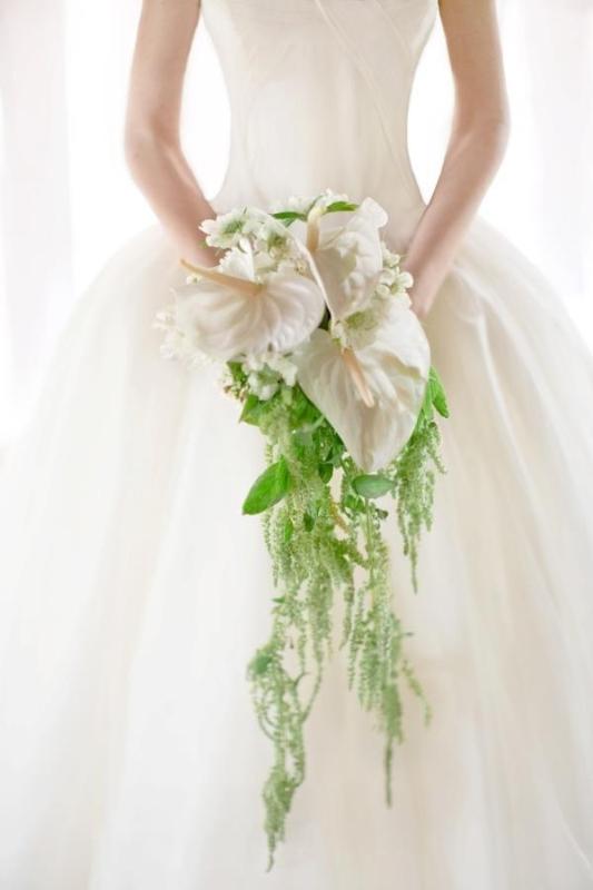 Wedding Cascade Bouquet Ideas : Picture of wedding trend charming cascade