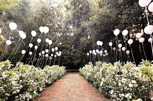 Whimsical bohemian capri wedding of italian vogue editor weddingomania whimsical bohemian capri wedding of italian vogue editor junglespirit Image collections
