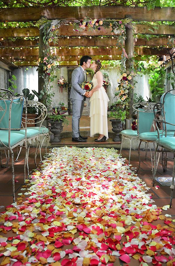 Wonderful Indoor Garden Wedding Ideas Part - 4: Whimsical Indoor Brooklyn Garden Wedding