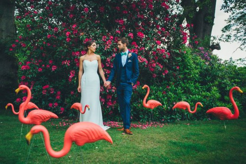 31 Whimsy And Cheerful Flamingo Wedding Theme Ideas