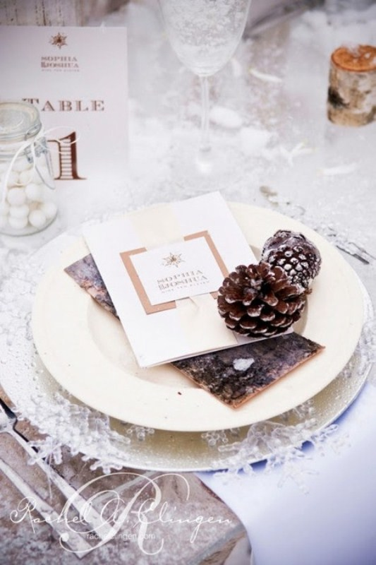 67 winter wedding table dcor ideas weddingomania 67 winter wedding table dcor ideas junglespirit Choice Image