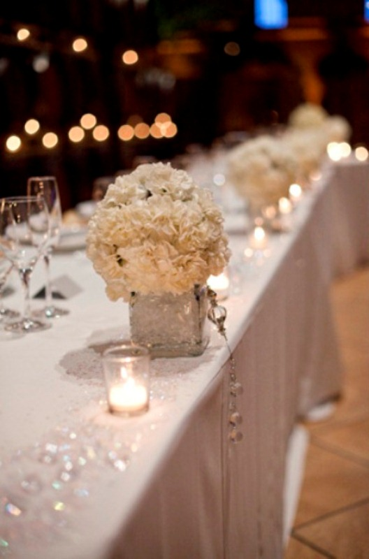 Picture of winter wedding table decor ideas for Cheap wedding decorations for tables